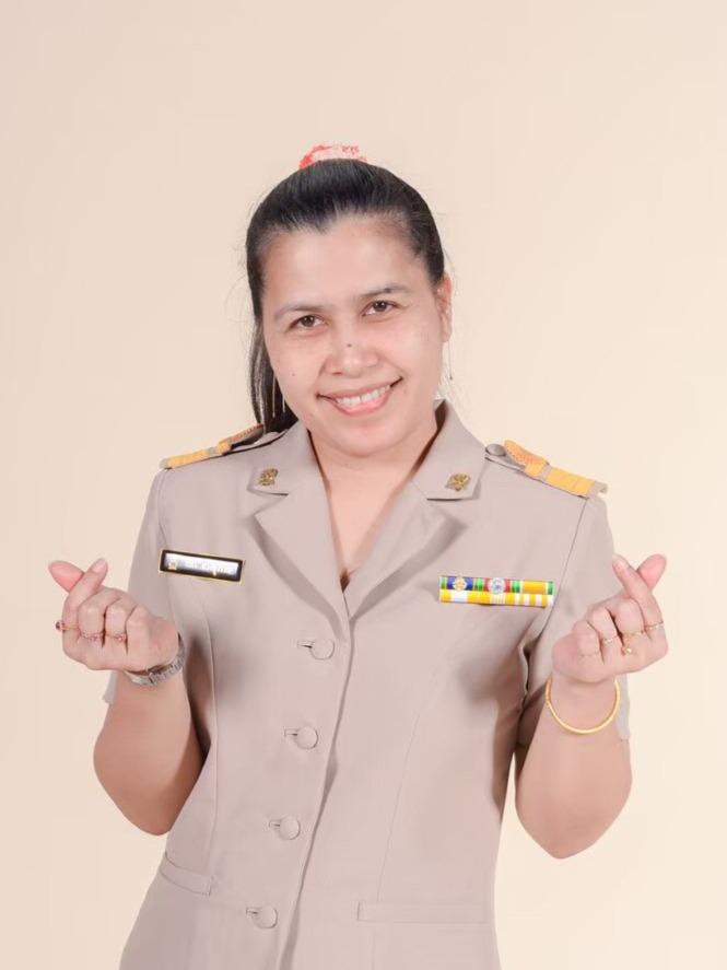 Mrs.Tipa Toungsuwan