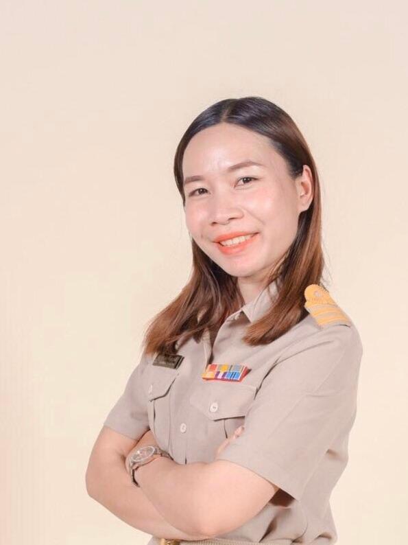 Ms.Kannika  Yuangrum