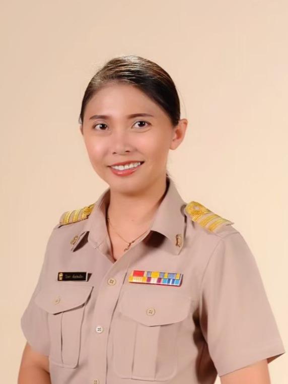 Mrs.Piyada Tubpratuang