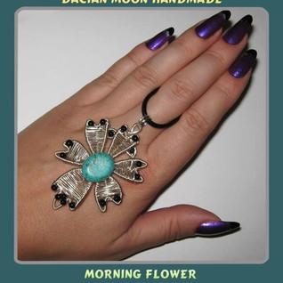 """""""Morning Flower"""" pendant"""