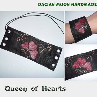 """Queen of Hearts"" bracelet"