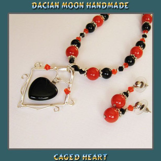 """""""Caged Heart"""" set"""