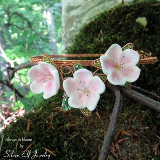 Always in Bloom - necklace / tiara and earrings