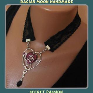 """""""Secret Passion"""" necklace"""