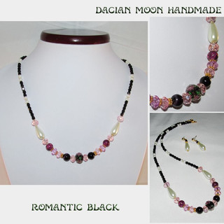 """Romantic Black"" jewelry set"