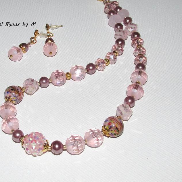 """Color Fantasy: Pink"" jewelry set"