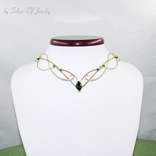 Elven Necklace In Gold And Green