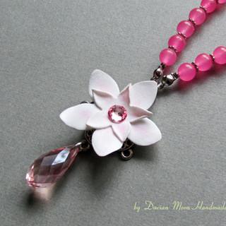 """""""La vie en rose"""" necklace"""