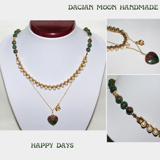 """Happy Days"" necklace"