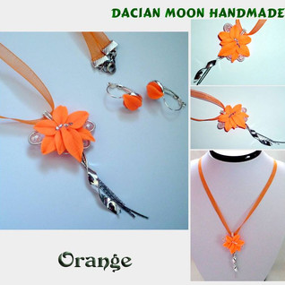 """Orange"" jewelry set"