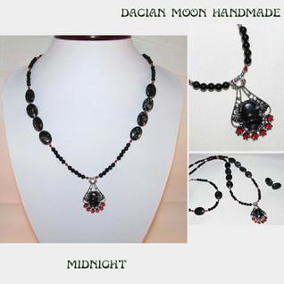 """""""Midnight"""" set"""