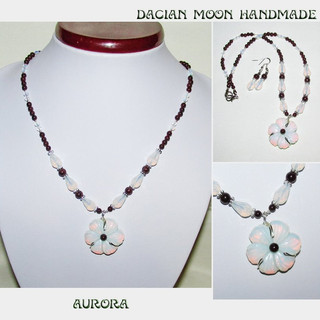 """Aurora"" jewelry set"