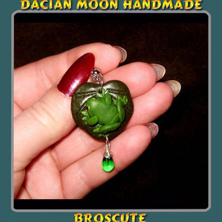"""""""Little Frogs"""" earrings"""