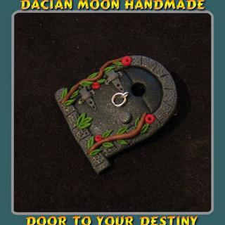 """""""Door to your Destiny"""" brooch"""