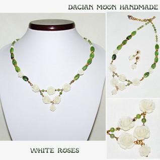 """White Roses"" jewelry set"