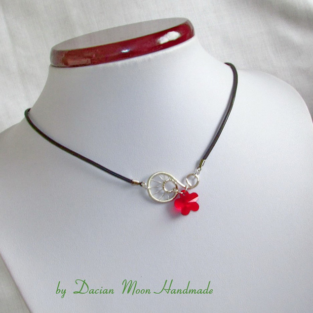 """Red Flower"" jewelry set"