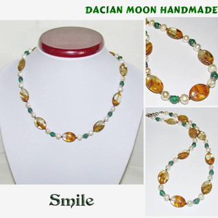 """""""Smile"""" necklace"""
