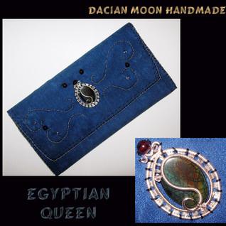 """""""Egyptian Queen"""" purse"""