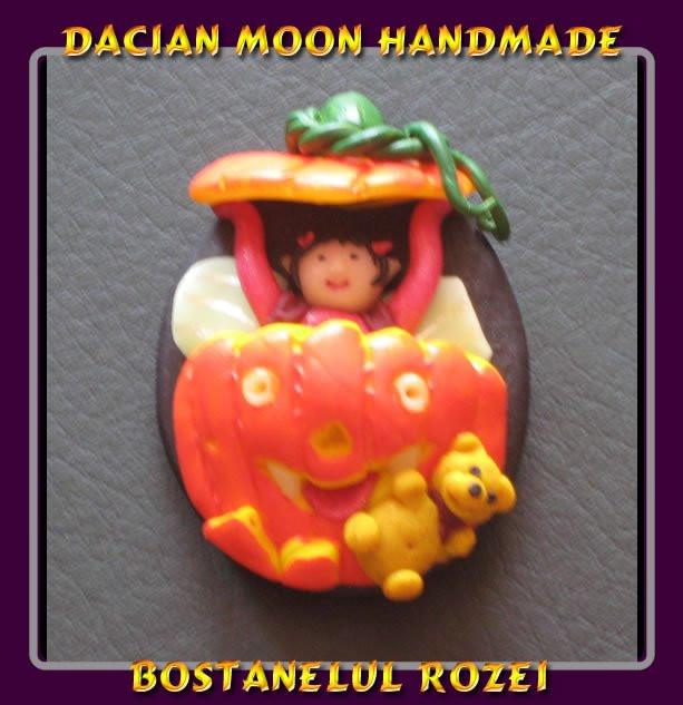 """Roza's Jack-o'-Lantern"" brooch"