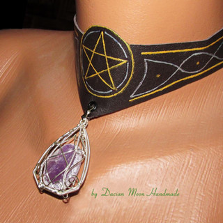 Pentagram choker with wire cage
