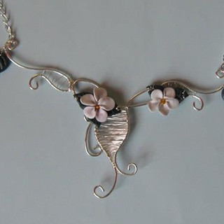 """""""Silver lace with flowers"""" set"""