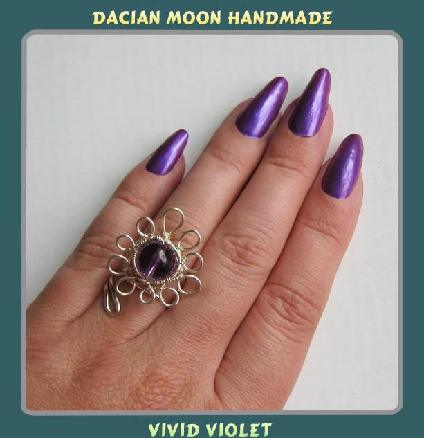 """Vivid Violet"" adjustable ring"