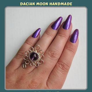 """Vivid Violet"" adjustable ring"