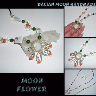 """Moon Flower"" set"
