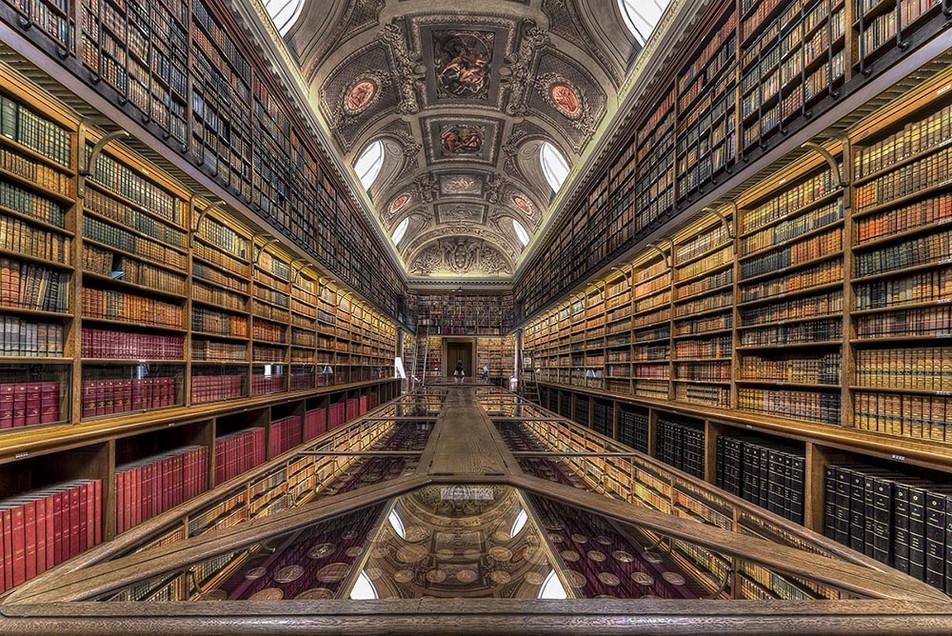 Bibliothèque de l'annxe du Sénat