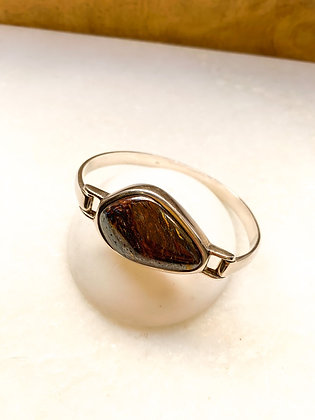 Sterling silver bangle with Agate stone