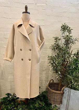 MA Dainty wool coat