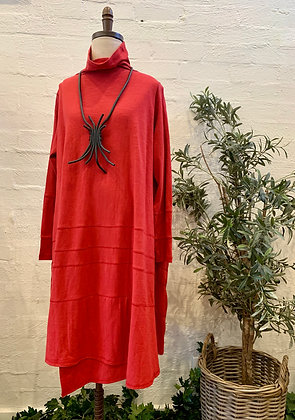 Moyuru Red Dress