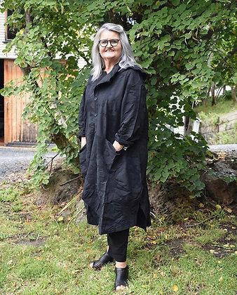 Moyuru Long Black Coat