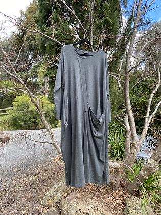 Moyuru Long Grey Dress