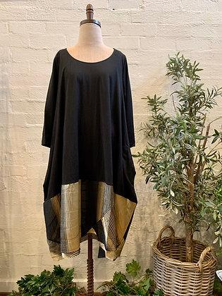 Alembika black & gold dress