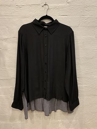 M A Dainty Black/crossing stripe shirt