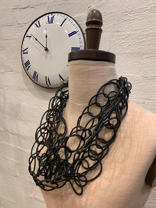Neo 5 strand looped necklace