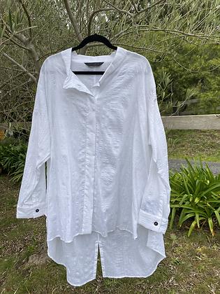 Moyuru Long White Shirt