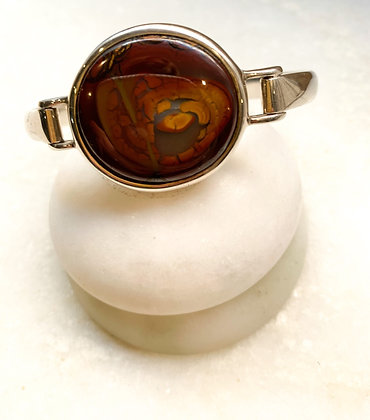 Sterling silver bangle with Agate