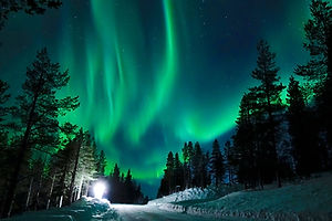Northern lights tour by coch.jpg