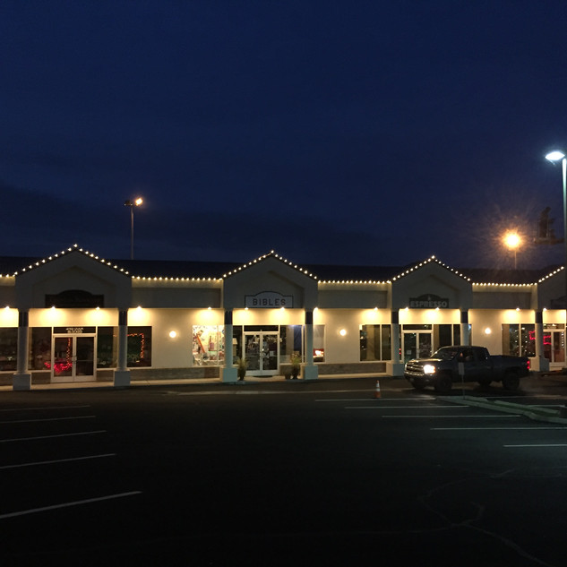 Holiday decorations, Richland WA