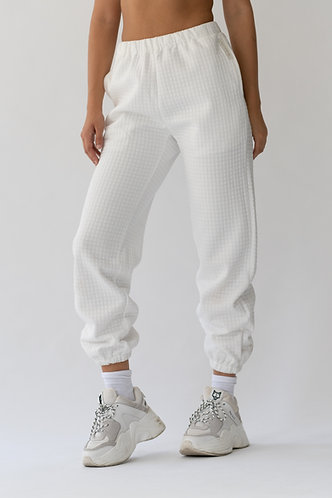 Polar White Quilted Jogger