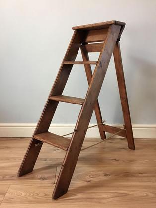 Small Ladder - 90cm tall x 35cm wide