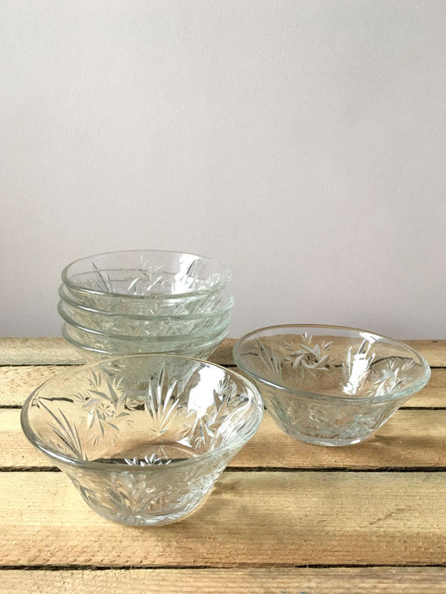 Sweet Bowls - 50p each to hire