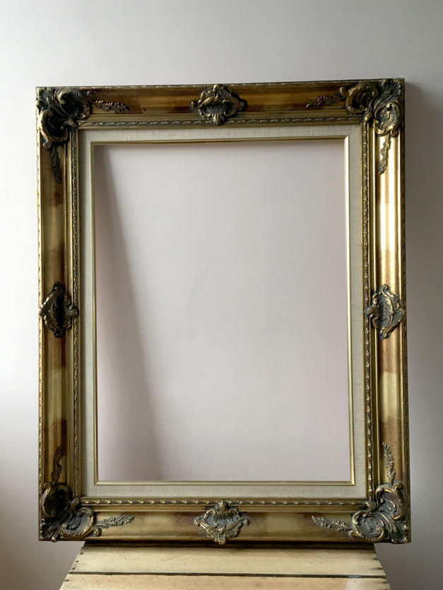Large Gilt Frame - £5 to hire