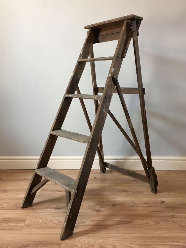 Large Ladder - 120cm tall x 43cm wide