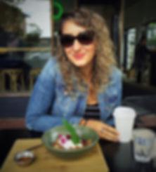 naomi, healthy, cafe