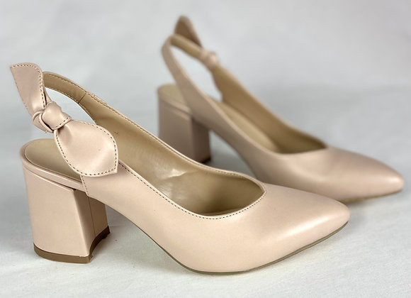 Fiyonk Detay Bej Cilt Topuklu Ayakkabı