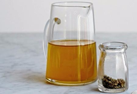 """""""Light Tasting"""" Canna- Olive Oil"""