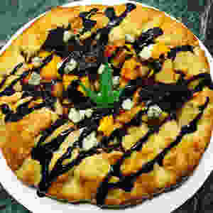 """Fig, Pear & Pumpkin """"Humboldt Pie"""" with Gorgonzola  and Balsamic Reduction"""